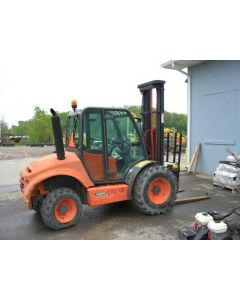 Fork Lift 4WD. 5000 lbs.
